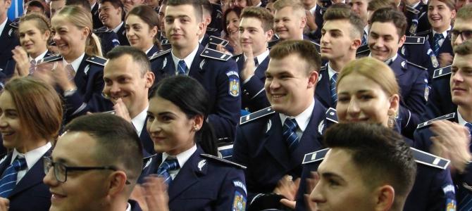 01.11.2018 - Ceremonii de absolvire la Şcolile de agenţi din MAI